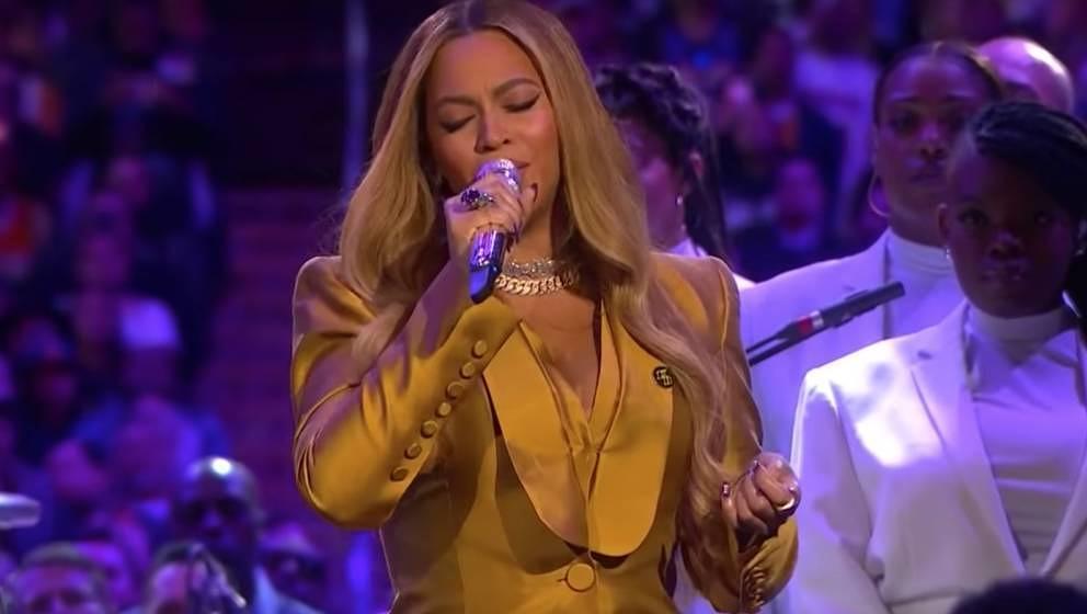 Beyoncé Knowles-Carter bei der Gedenkfeier für Kobe und Gianna Bryant.