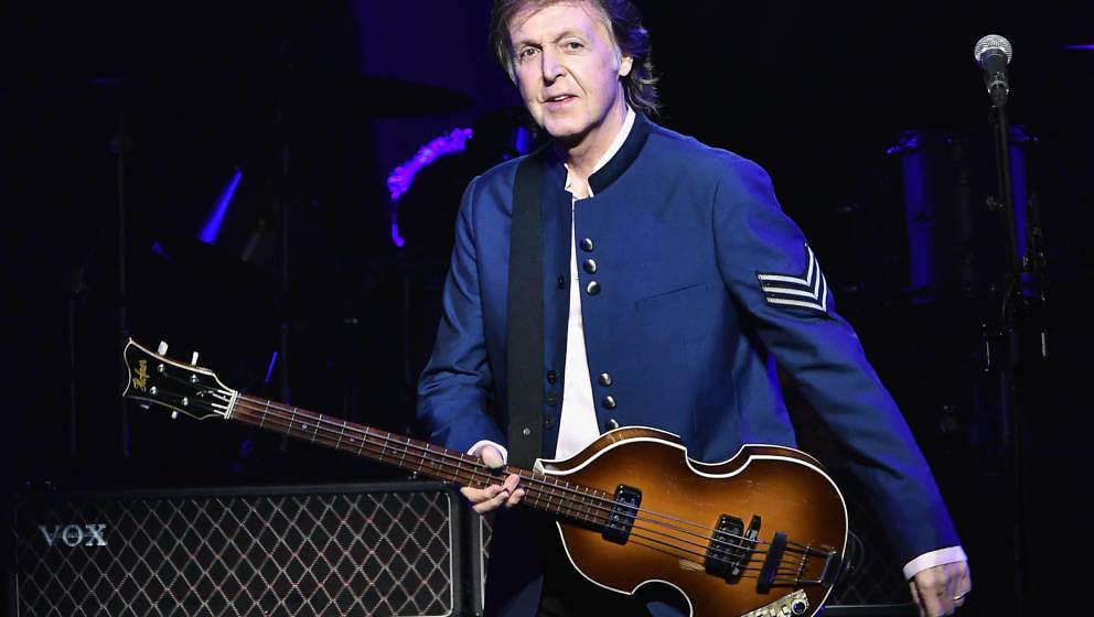 MIAMI, FL - JULY 07:  Paul McCartney performs in concert at American Airlines Arena on July 7, 2017 in Miami, Florida.  (Phot