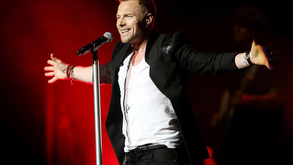 SYDNEY, AUSTRALIA - MARCH 04:  Ronan Keating performs live on stage at State Theatre on March 4, 2013 in Sydney, Australia.