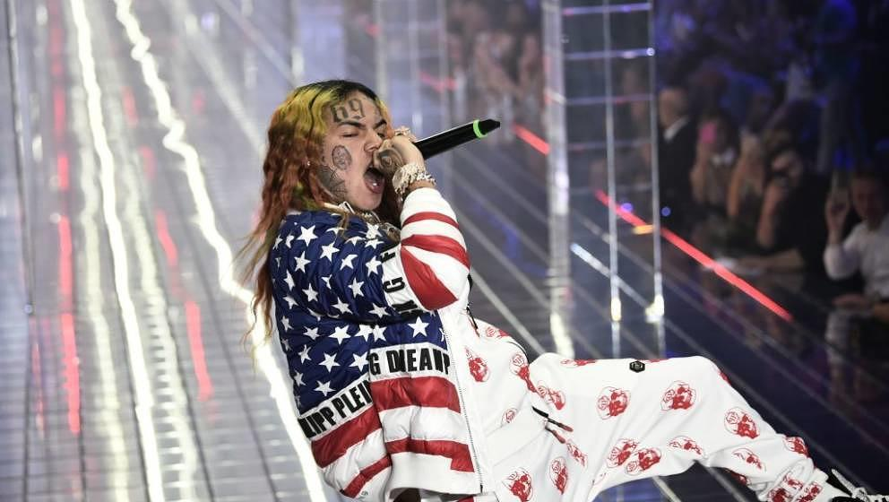 US rap singer 6ix9ine, or Tekashi 69, performs during the Philipp Plein fashion showw as part of the Women's Spring/Summer 20
