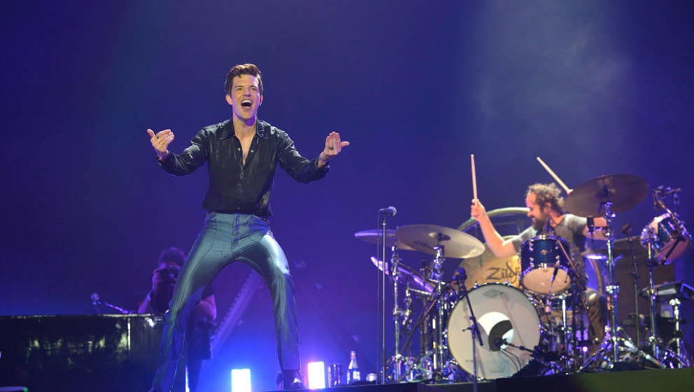 GLASTONBURY, ENGLAND - JUNE 29:   Brandon Flowers and Ronnie Vannucci of The Killers performs live on the Pyramid stage durin