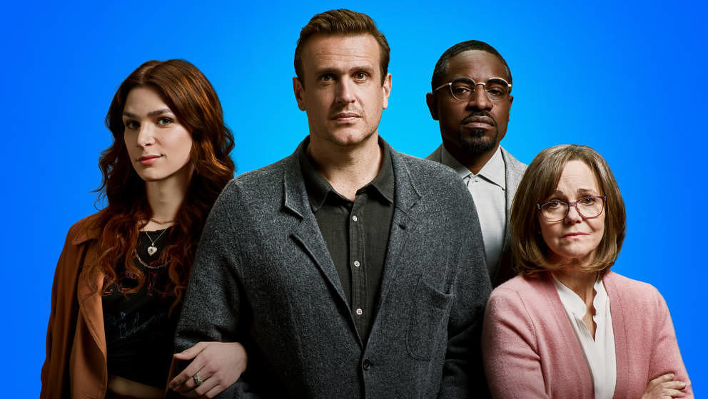 """Dispatches from Elsewhere"" mit Eve Lindley, Jason Segel, André Benjamin und Sally Field startet am 08.05. bei Prime Vid"