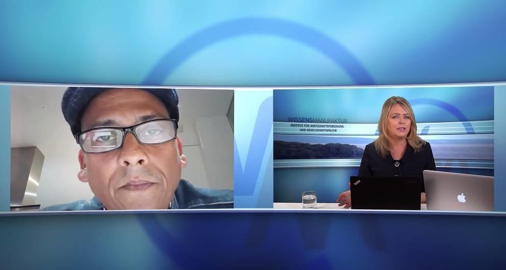 Da haben sich zwei gefunden: Xavier Naidoo spricht mit Eva Herman