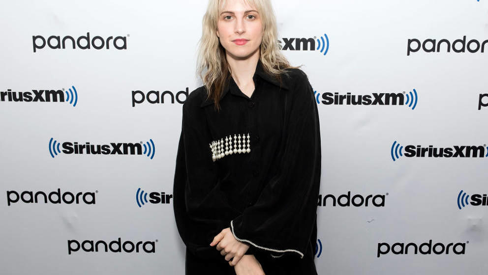 NEW YORK, NEW YORK - FEBRUARY 07: (EXCLUSIVE COVERAGE) Hayley Williams visits SiriusXM Studios on February 07, 2020 in New Yo