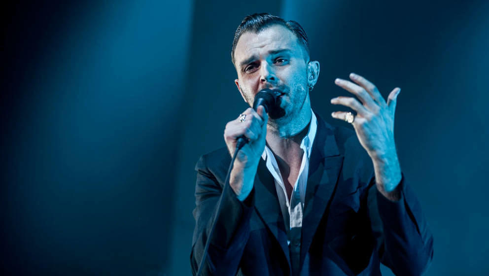 LONDON, ENGLAND - DECEMBER 07:  Theo Hutchcraft of Hurts performs at O2 Academy Brixton on December 7, 2017 in London, Englan