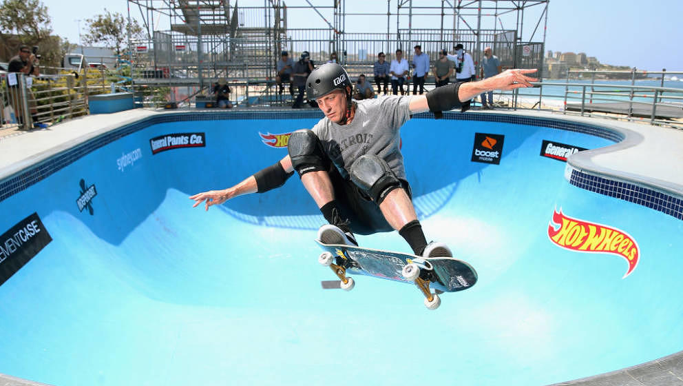 SYDNEY, AUSTRALIA - FEBRUARY 15:  American skate-boarding legend Tony Hawk performs a manoeuvre at the BOWL-A-RAMA 2018 media