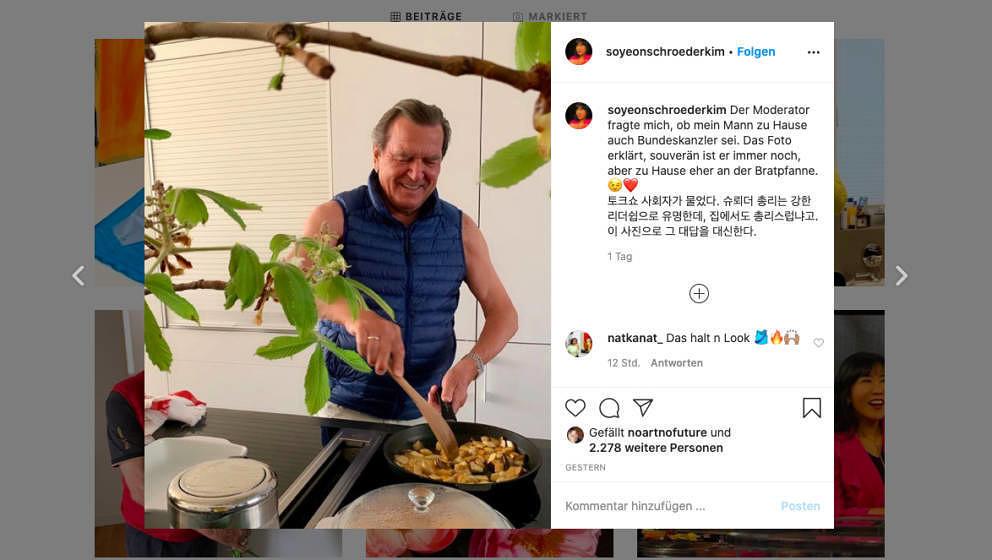 Der Altkanzler bei der Hausarbeit, dokumentiert von seiner Ehefrau Schröder-Kim So-yeon