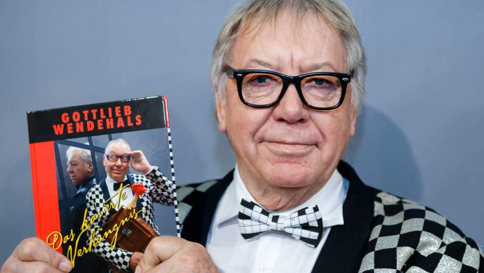LEIPZIG, SAXONY - MARCH 16:  German singer and author Werner Boehm aka Gottlieb Wendehals presents his book 'Das karierte Ver