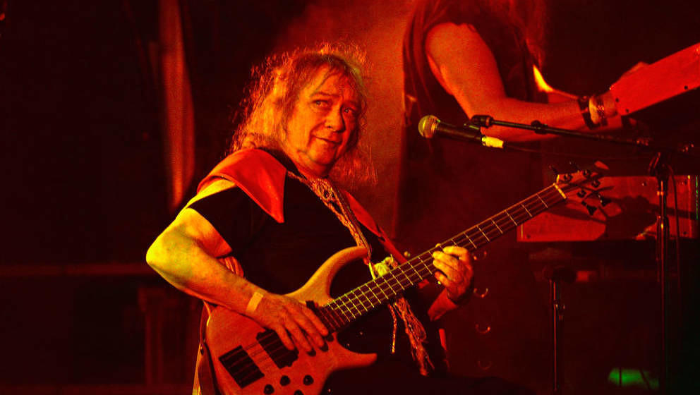 LOS ANGELES, CA - SEPTEMBER 02:  Steve Priest of The Sweet performs at Backyard Bash 2018 at the Rainbow Bar & Grill on S