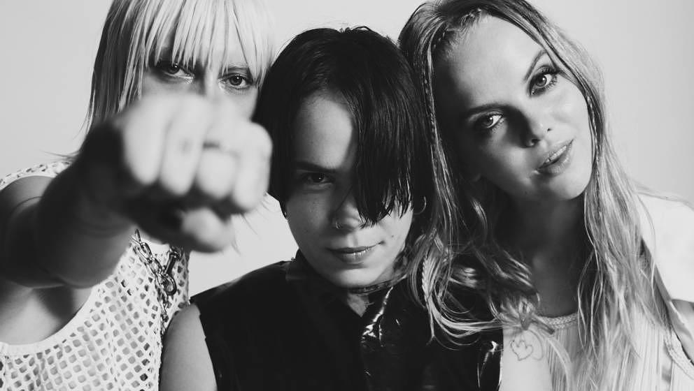 Rakel Mjöll, Alice Go und Bella Podpadec aus London sind Dream Wife