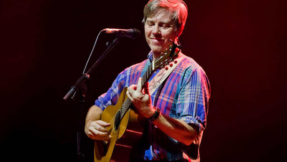 BERLIN, GERMANY - OCTOBER 08: (EXCLUSIVE COVERAGE) American singer Bill Callahan performs live during a concert at the Admira
