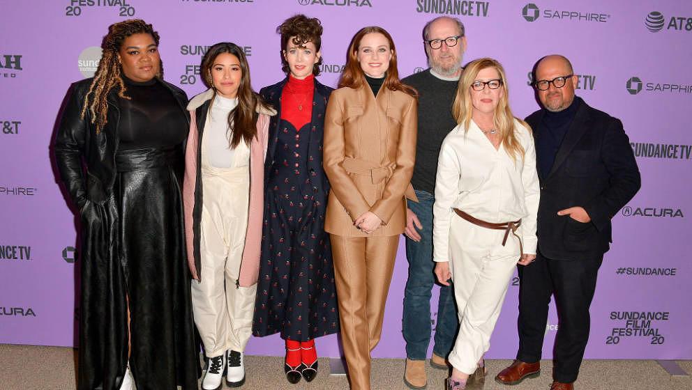 PARK CITY, UTAH - JANUARY 25: (L-R) Da'Vine Joy Randolph, Gina Rodriguez, Miranda July, Evan Rachel Wood, Richard Jenkins, De