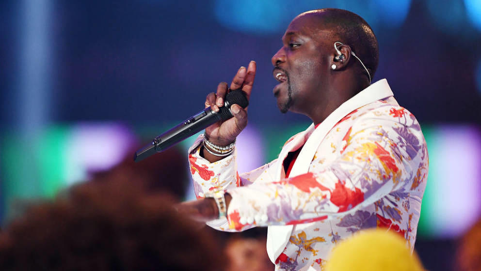 SEVILLE, SPAIN - NOVEMBER 03: Akon performs on stage during the MTV EMAs 2019 at FIBES Conference and Exhibition Centre on No