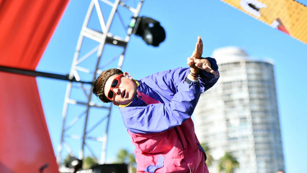 LONG BEACH, CA - SEPTEMBER 29:  Singer Oliver Tree performs onstage during Music Tastes Good Festival at Marina Green Park on