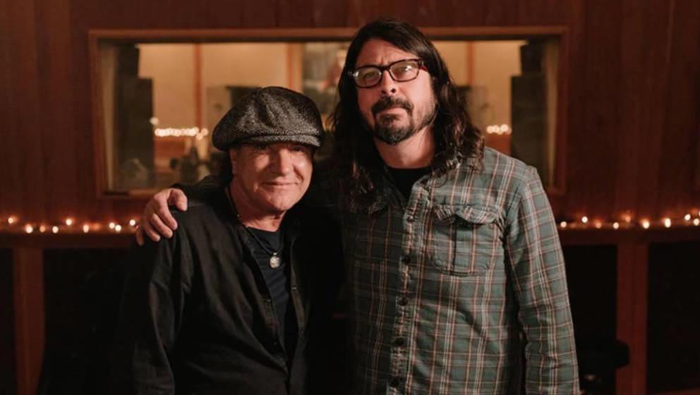 Brian Johnson und Dave Grohl machen jetzt gemeinsame Sache.