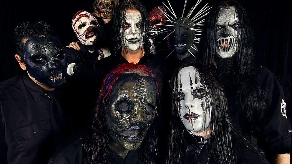 AUSTRALIA - JANUARY 30:  BIG DAY OUT  Photo of SLIPKNOT, posed at festival  (Photo by Martin Philbey/Redferns)
