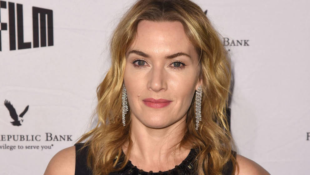 SAN FRANCISCO, CA - DECEMBER 05:  Kate Winslet attends SFFILM's 60th Anniversary Awards Night at Palace of Fine Arts Theatre