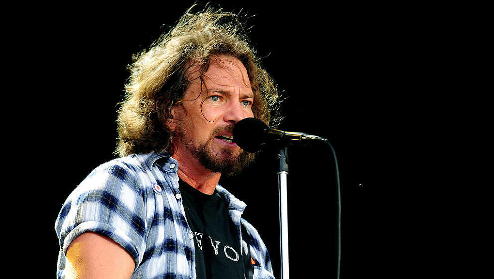 LONDON, ENGLAND - JUNE 25:   Eddie Vedder of Pearl Jam performs during day 1 of the Hard Rock Calling festival held in Hyde P