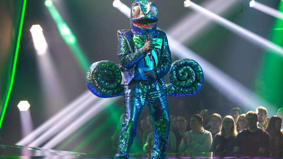 COLOGNE, GERMANY - MARCH 10: 'Chamaeleon' 'The Masked Singer' performs during the first live-show of 'The Masked Singer'  at