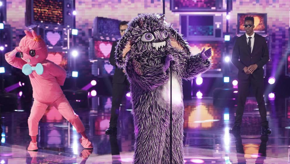 THE MASKED SINGER: Gremlin in the 'Six More Masks' episode of THE MASKED SINGER airing Wednesday, Sept. 30 (8:00-9:00 PM ET/P