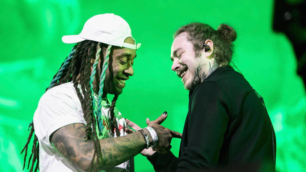 INDIO, CA - APRIL 14:  Ty Dolla Sign (L) and Post Malone perform onstage during 2018 Coachella Valley Music And Arts Festival