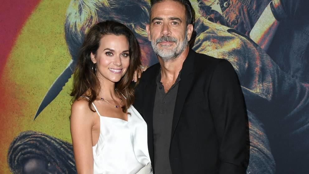 HOLLYWOOD, CALIFORNIA - SEPTEMBER 23:  Hilarie Burton and Jeffrey Dean Morgan attend the Special Screening Of AMC's 'The Walk