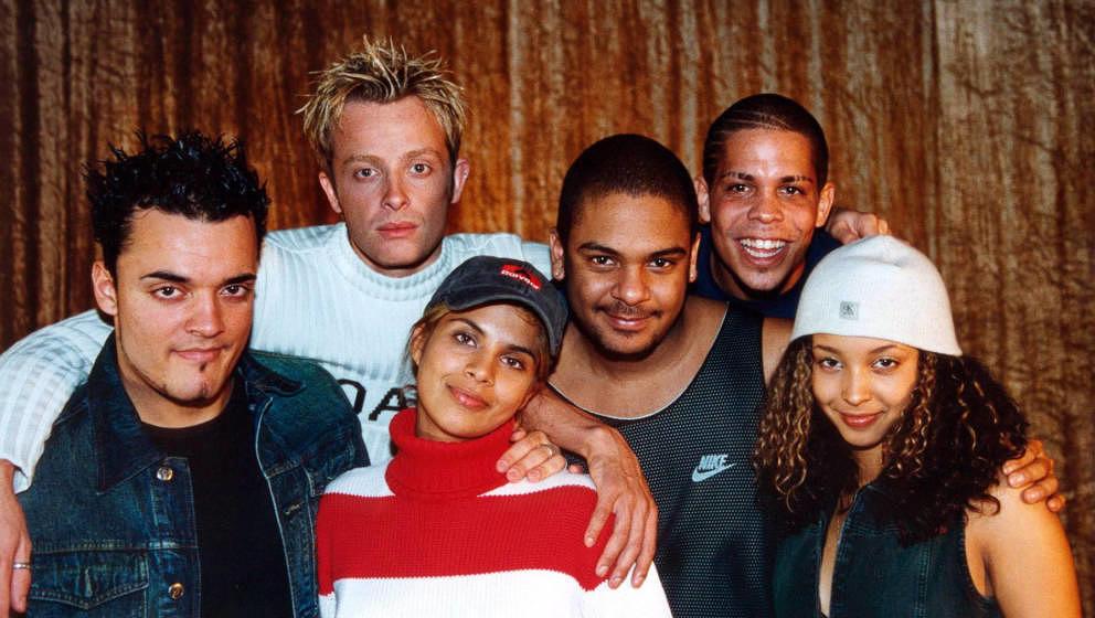 Musikgruppe 'Brosis' 2001 in Köln, Deutschland. (Photo by Peter Bischoff/Getty Images)