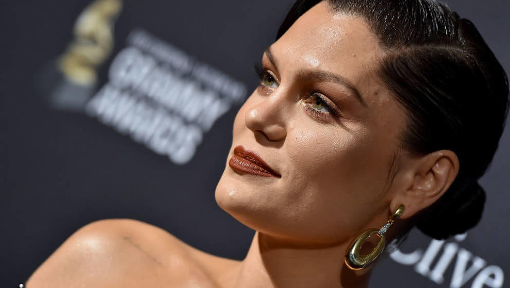 BEVERLY HILLS, CALIFORNIA - JANUARY 25: Jessie J attends the Pre-GRAMMY Gala and GRAMMY Salute to Industry Icons Honoring Sea