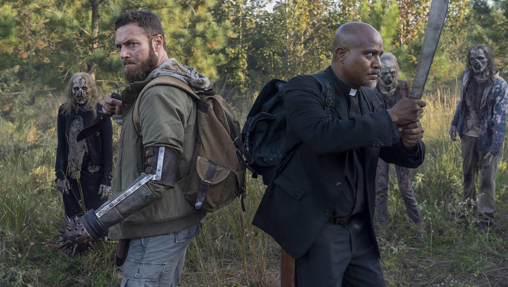 Seth Gilliam as Gabriel, Ross Marquand as Aaron; group - The Walking Dead _ Season 10, Episode 19 - Photo Credit: Josh String