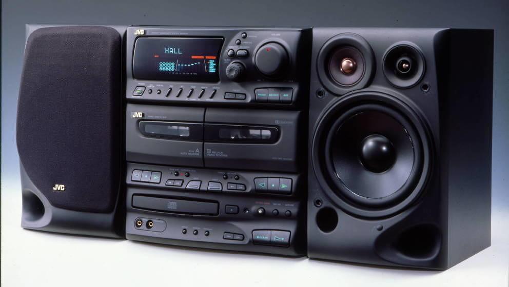JVC Stereoanlage aus dem Jahr 1997 – inklusive CD- und Kassettenspieler.