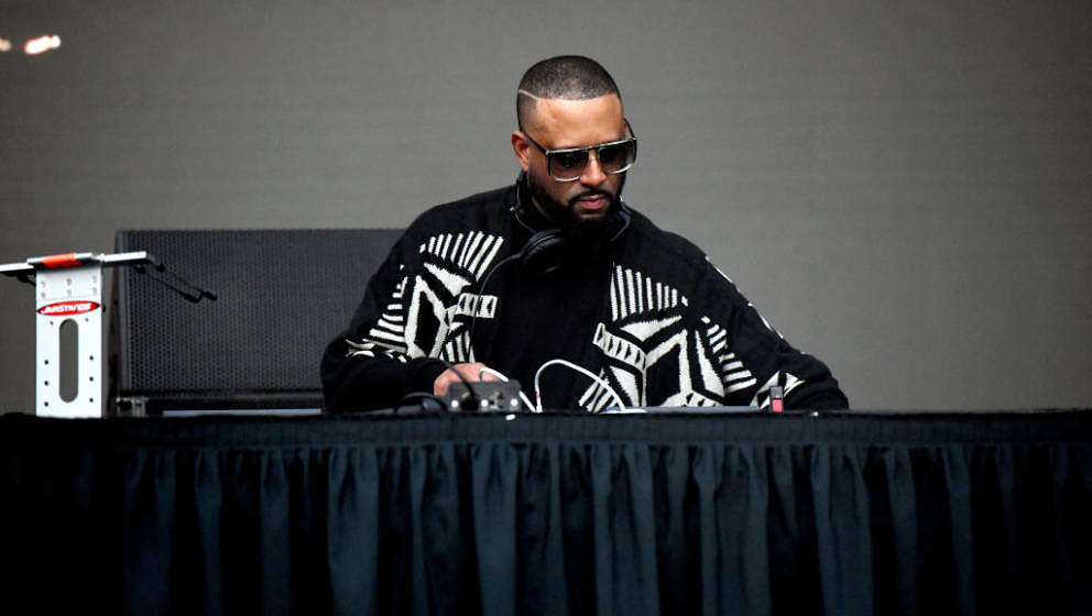 LOS ANGELES, CALIFORNIA - NOVEMBER 16: DJ/producer MadLib performs onstage during the Adult Swim Festival at Banc of Californ