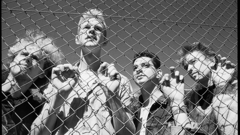 """""""Depeche Mode by Anton Corbijn"""" zeigt die Geschichte der Band in Bildern."""