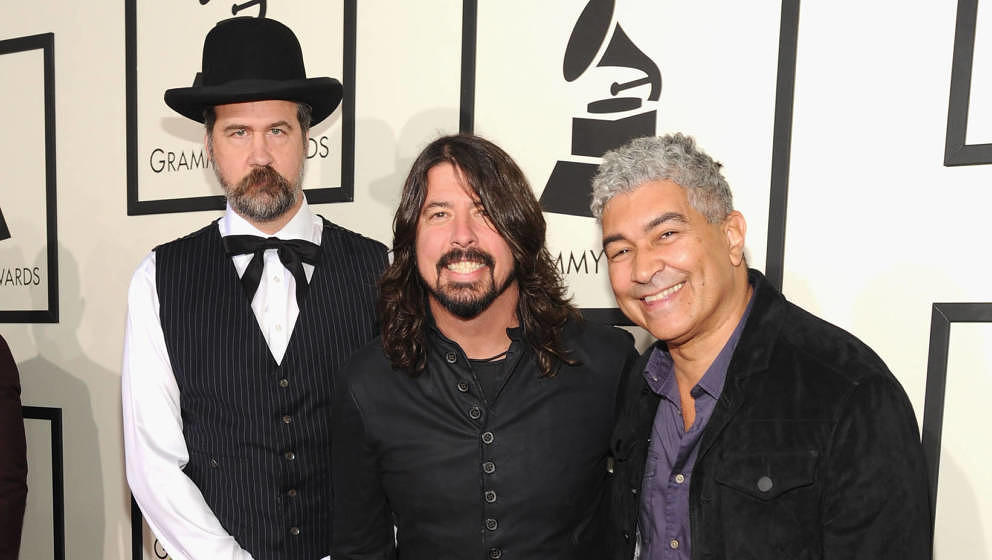 LOS ANGELES, CA - JANUARY 26:  (L-R) Musicians Krist Novoselic, Dave Grohl, and Pat Smear attend the 56th GRAMMY Awards at St