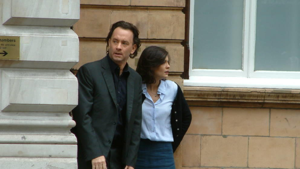 LONDON -  SEPTEMBER 18: Actor Tom Hanks and his co-star Audrey Tautou film scenes from his new movie 'The Da Vinci Code' in F