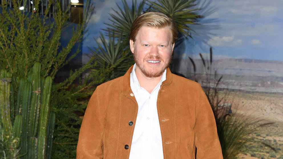 WESTWOOD, CALIFORNIA - OCTOBER 07:  Jesse Plemons attends the premiere of Netflix's 'El Camino: A Breaking Bad Movie' at Rege