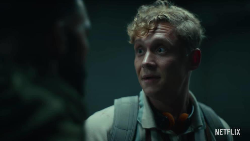 """Mathias Schweighöfer im Trailer von """"Army Of The Dead""""."""