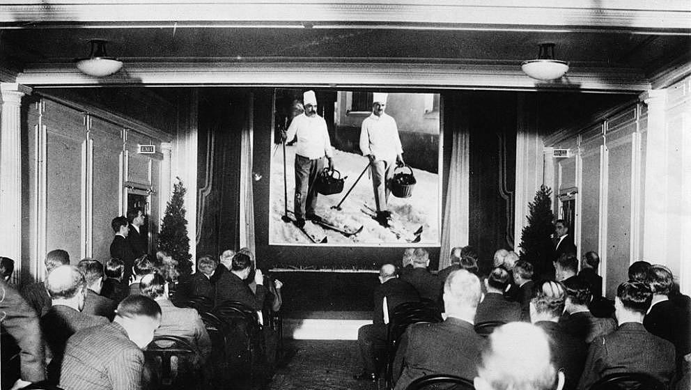 UNSPECIFIED - CIRCA 1933:  Cinema hall on the passenger steam ship Aquitania, Photograph, 5,1,1933  (Photo by Imagno/Getty Im