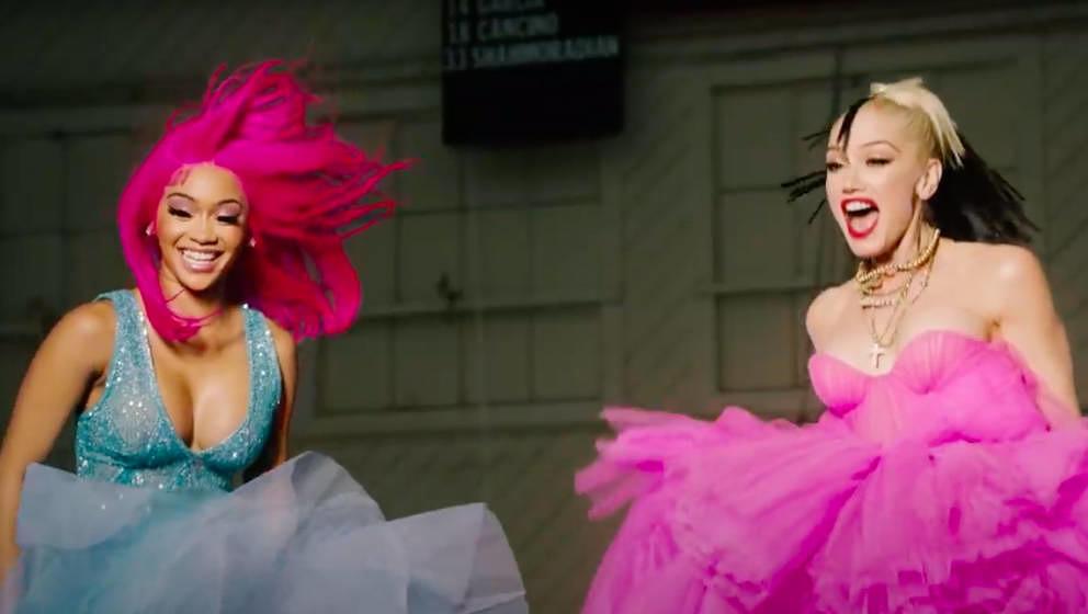 Das neue Video von Gwen Stefani und Saweeti ist eine Hommage an die Ästhetik der 2000er.
