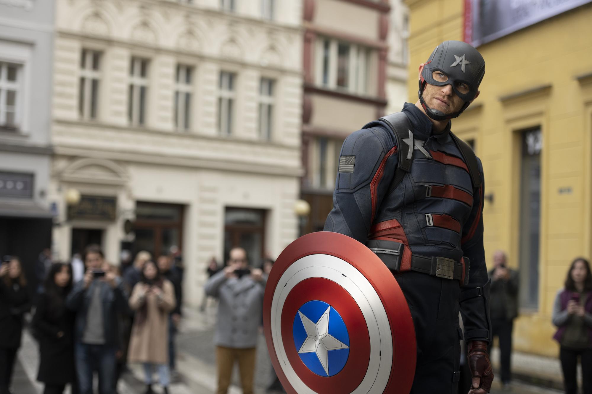 """Captain America 20"""" in Arbeit Malcom Spellman schreibt Drehbuch"""