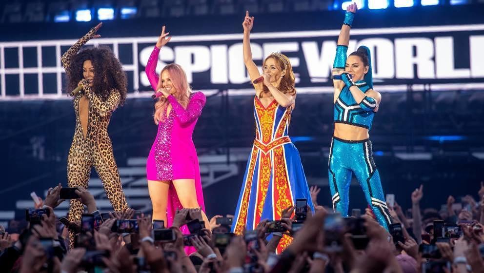 Mel B, Emma Bunton, Geri Halliwell und Melanie C performen hier 2019 den ersten Auftritt ihrer Reunion.