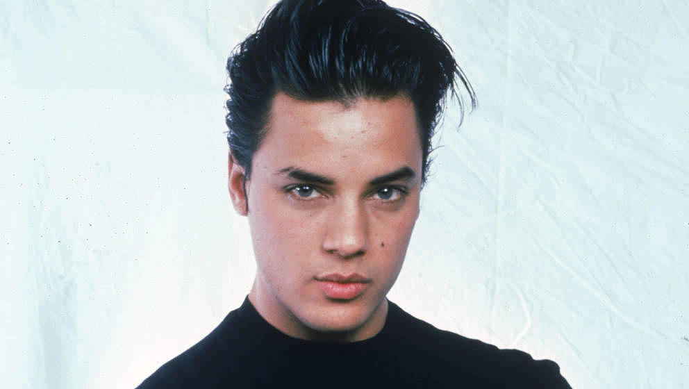 English pop singer Nick Kamen, 27th March 1987. (Photo by Dave Hogan/Hulton Archive/Getty Images)