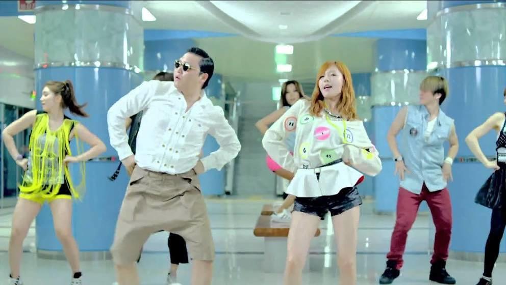 """Psy in seinem berühmten Video zu """"Gangnam Style"""" mit Tanzpartnerin HyunA"""