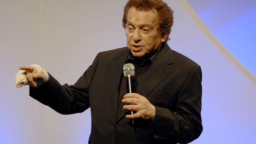 TORONTO, ON - APRIL 02:  Jackie Mason attends the Maccabi Gala 2009 at the Liberty Grand on April 2, 2009 in Toronto, Canada.