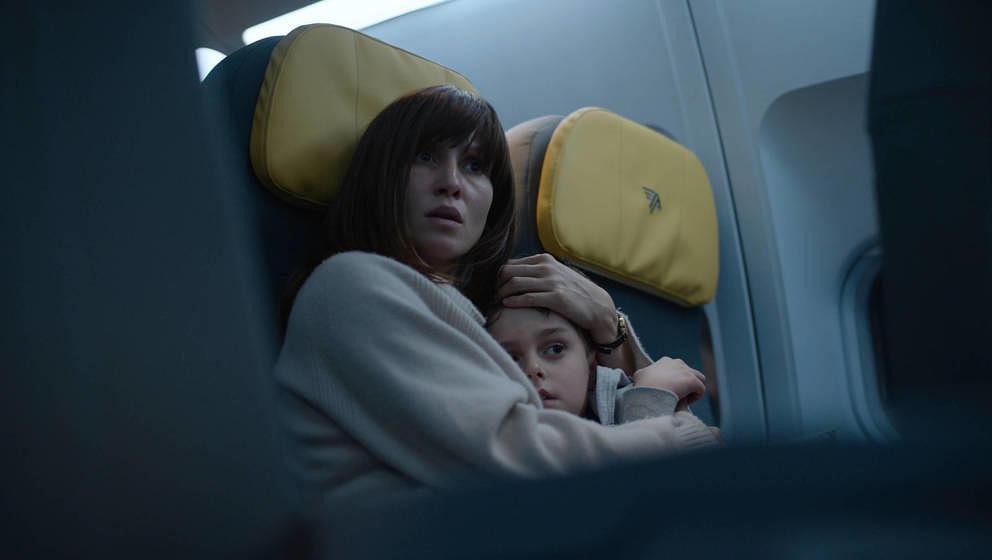 Peri Baumeister und Carl Anton Koch im Film 'Blood Red Sky'. Neu auf Netflix.