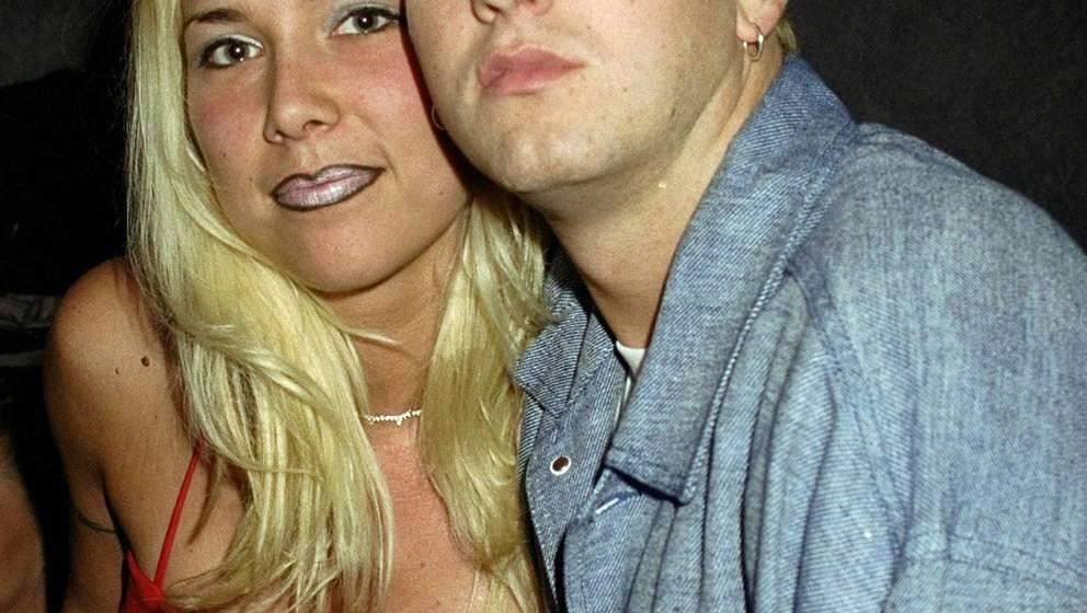 UNITED STATES - MAY 22:  Rapper Eminem and his wife at Club 151 for his album launch party.  (Photo by Richard Corkery/NY Dai