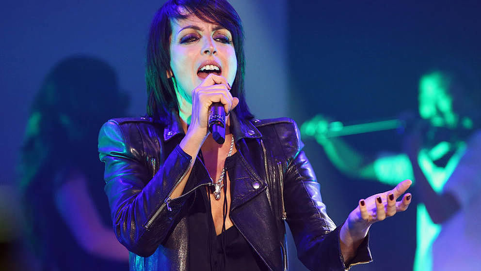 FRANKFURT AM MAIN, GERMANY - NOVEMBER 08:  Nena performs on stage during the German Sports Media Ball at Alte Oper on Novembe