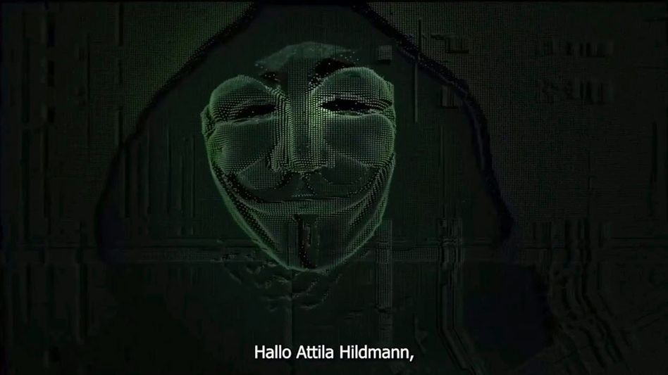 Screenshot aus dem Anonymus-Video zur 'Operation Tinfoil'