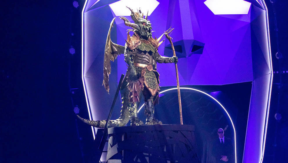 COLOGNE, GERMANY - MARCH 10: 'Drache' 'The Masked Singer' performs during the first live-show of 'The Masked Singer'  at MMC