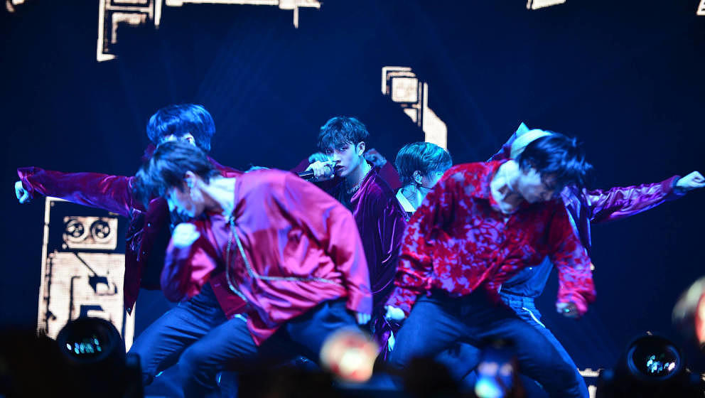 CORAL GABLES, FL - FEBRUARY 07:  South Korean Boy band Stray Kids performs on stage during Stray Kids World Tour 'District 9