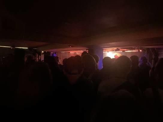 Ein voller Club in Aarhus auf dem SPOT Festival. Klingt bescheuert, aber: Genau diesen Anblick habe ich vermisst.